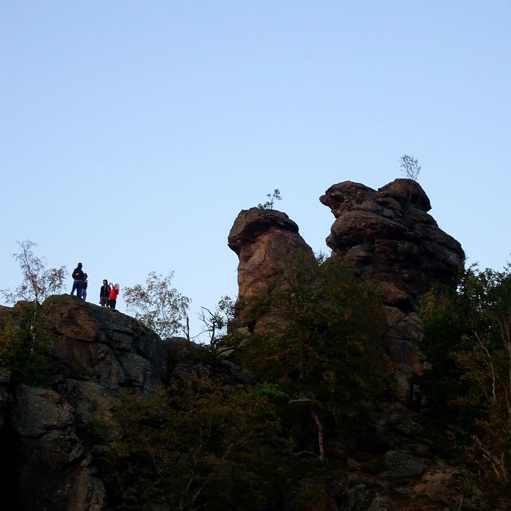 Felsen vor der Burg, von hier aus wird oft fotografiert